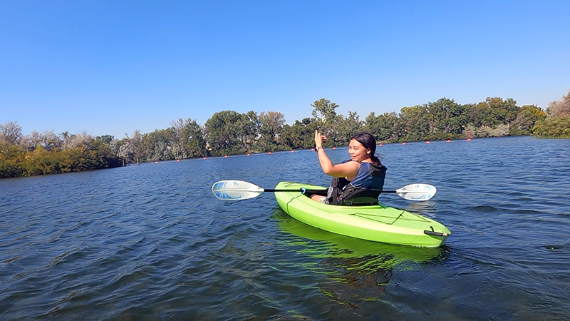 Exchange student from Mozambique kayaking