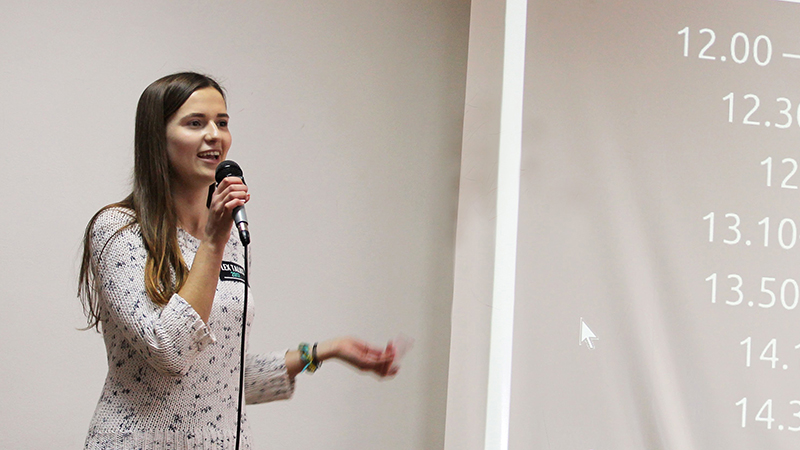 FLEX alumna presents to active youth at conference in Ukraine